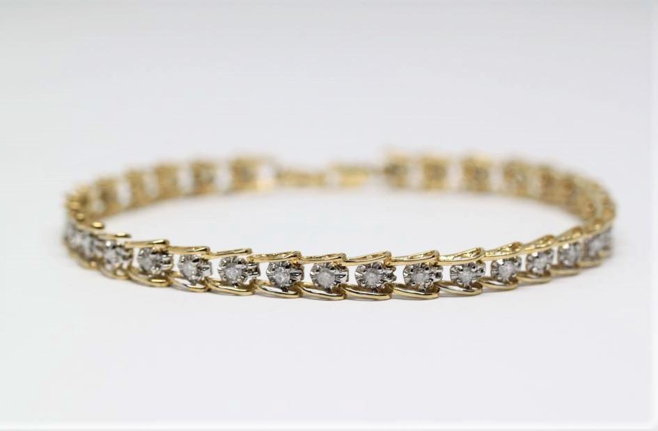 Keltakulta timanttirannekoru